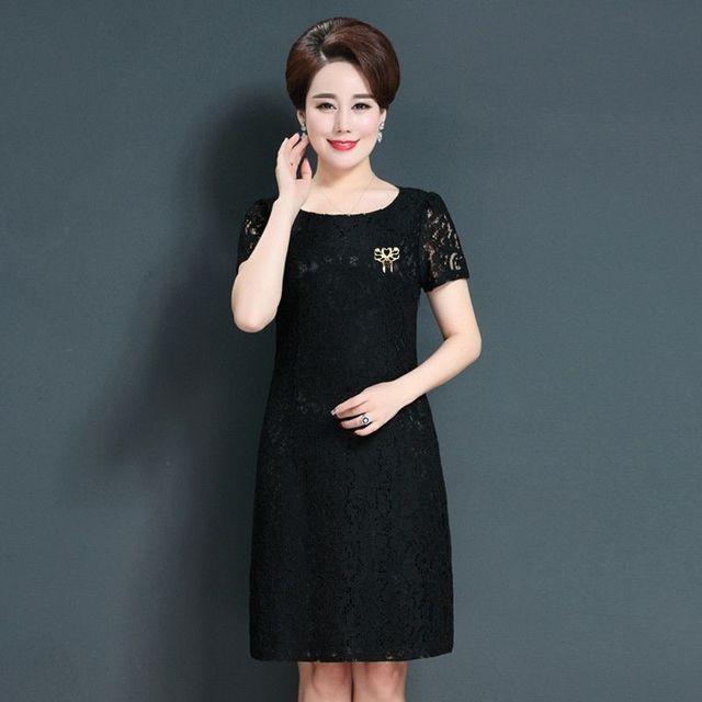 Đầm ren dự tiệc đen đính phụ kiện cài áo - giá sỉ, giá tốt